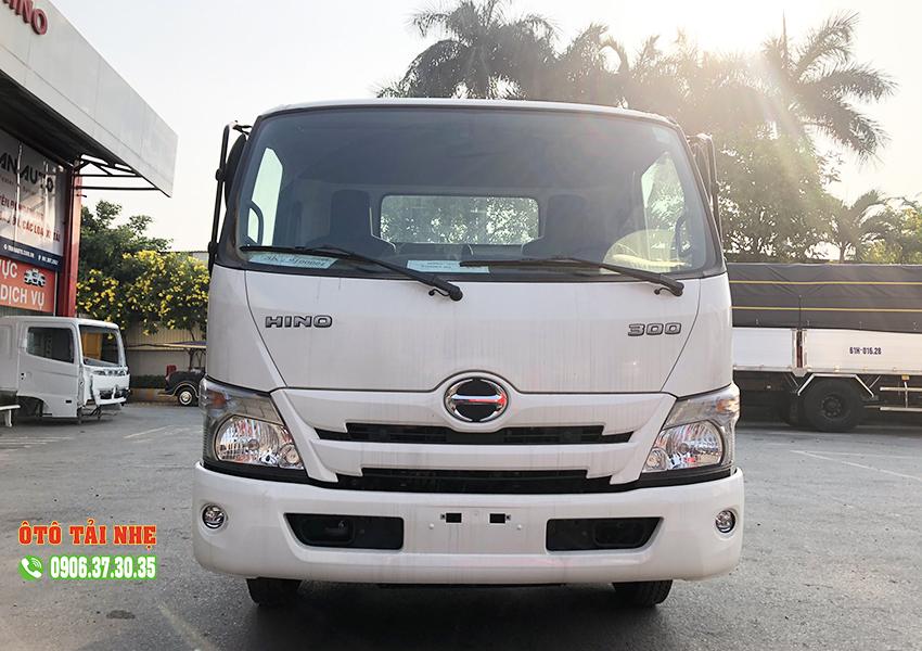 xe-tải-hino-2.4-tan